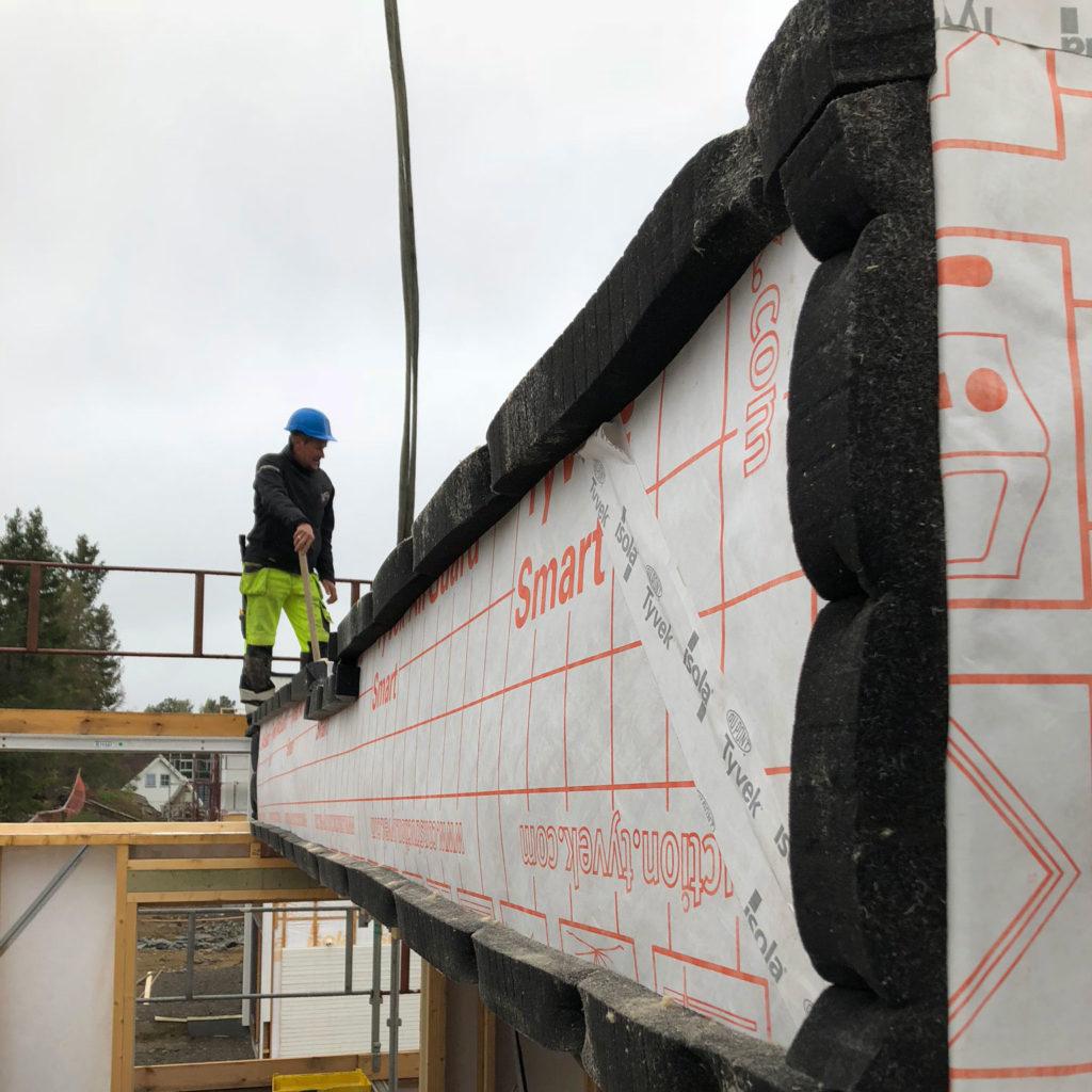 Byggelement kompakt tak med Airguard Smart2 monteres på byggeplass